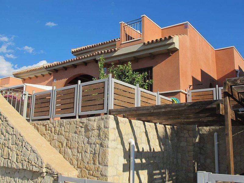 Amazing Villa Isla Plana, 3 habitaciones, 2 baños, ideal familias, 6 huéspedes, vacation rental in Isla Plana