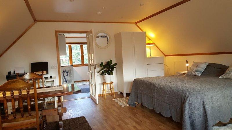 Ta bussen till Stockholms Skärgård, holiday rental in Hogmarso