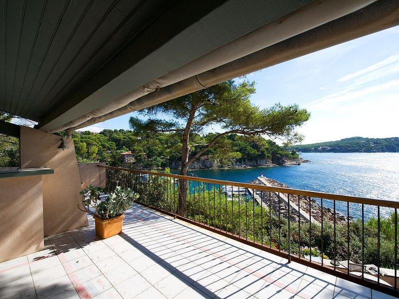 Presqu'île de Giens - Les pieds dans l'eau - Véritable petit paradis., location de vacances à Hyères