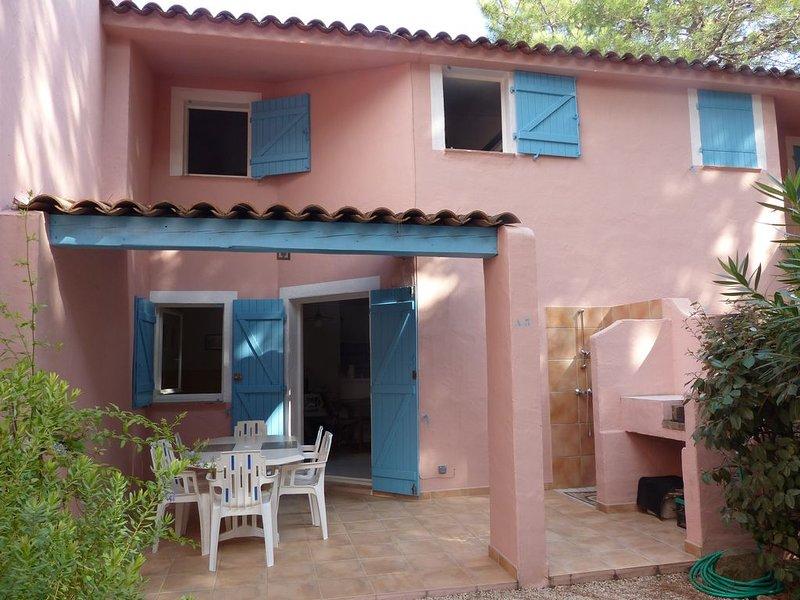 Agréable Mini villa à 5 minutes à pied de la plage de Saint-Cyprien, location de vacances à Lecci