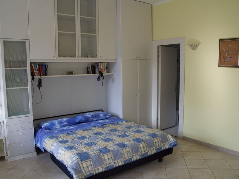 Self-catering apartment on the Lake of Garda - Apartment 331, holiday rental in Garda