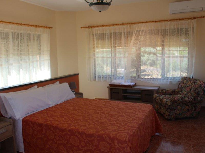 Alquiler íntegro de 6 a 15 personas., casa vacanza a Fuente el Fresno