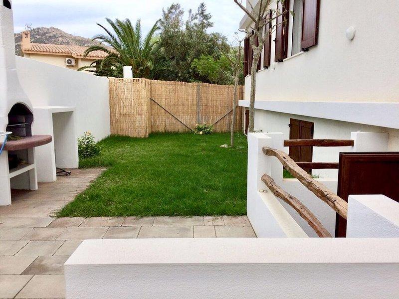 Casa Alessandra Appartamento a 100 metri dal mare-Solanas-Villassimius, location de vacances à Solanas