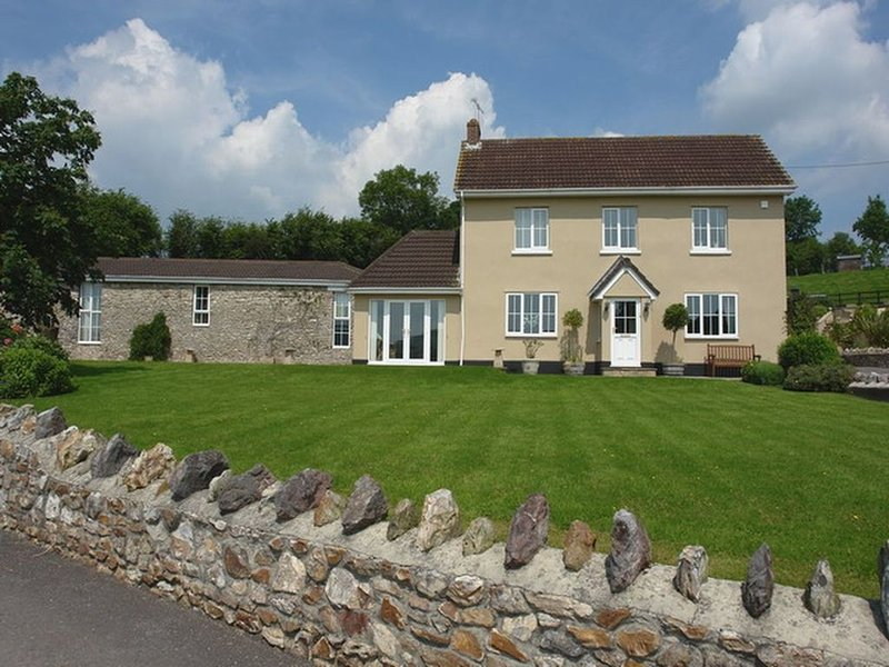 Lower Wadden Farmhouse and Annexe, SOUTHLEIGH, casa vacanza a Branscombe