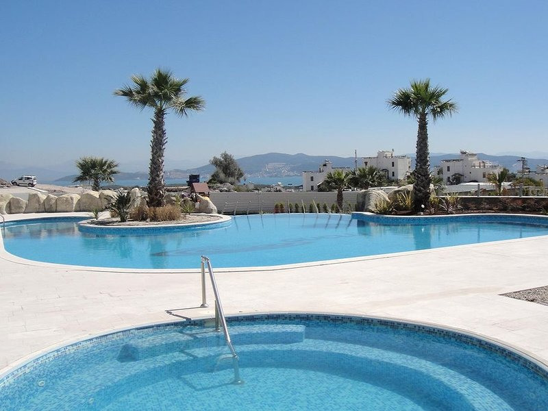 2 bedrooms Duplex  in 5 star resorts in Bodrum\milas, alquiler de vacaciones en Bogazici