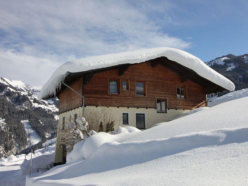Modern Chalet with Sauna near Ski Area in Großarl, vakantiewoning in Grossarl