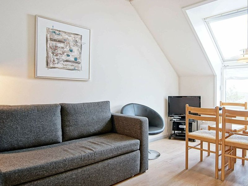 Cozy Holiday Home in Fanø with Beach Nearby, vacation rental in Bornholm