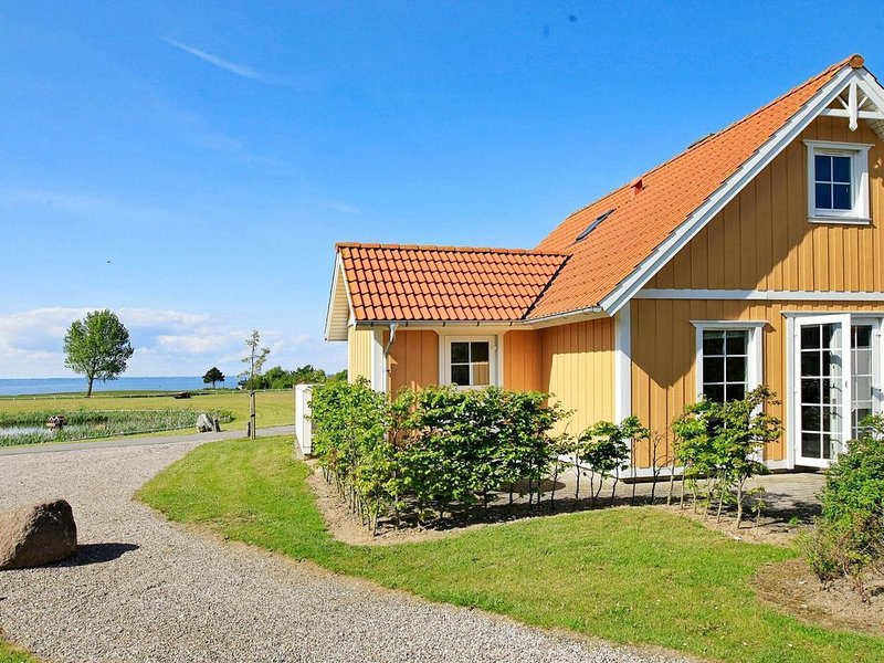Peaceful Holiday Home in Brenderup With Ocean View, location de vacances à Middelfart