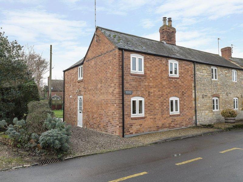 School View, ALDERTON, holiday rental in Little Washbourne