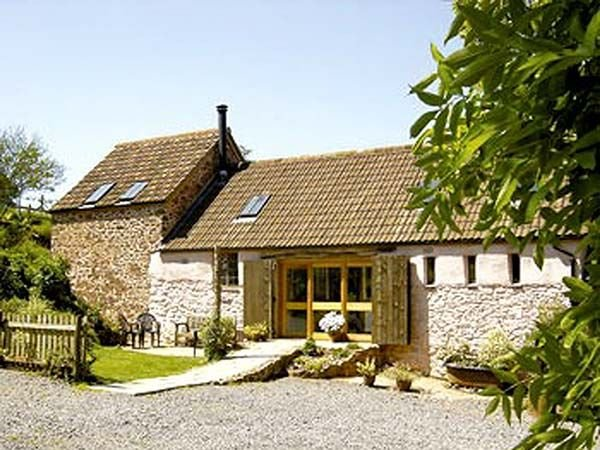 The Barn, BICKNOLLER, holiday rental in Kilve