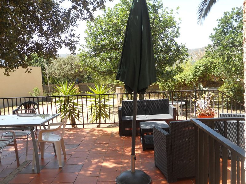 APARTEMENTS  en rez de jardin, vacation rental in Algajola