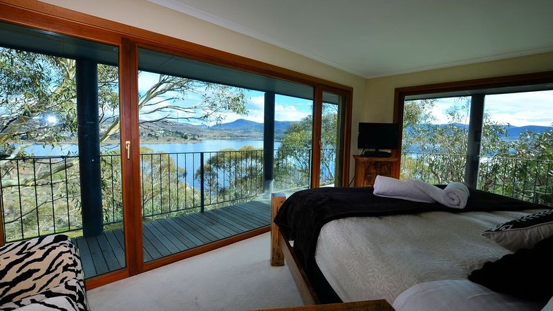 The Point - Exceptional, holiday rental in Jindabyne
