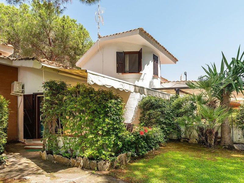 Casa a 80 metri dal mare, con posto auto incluso, holiday rental in Villa San Pietro