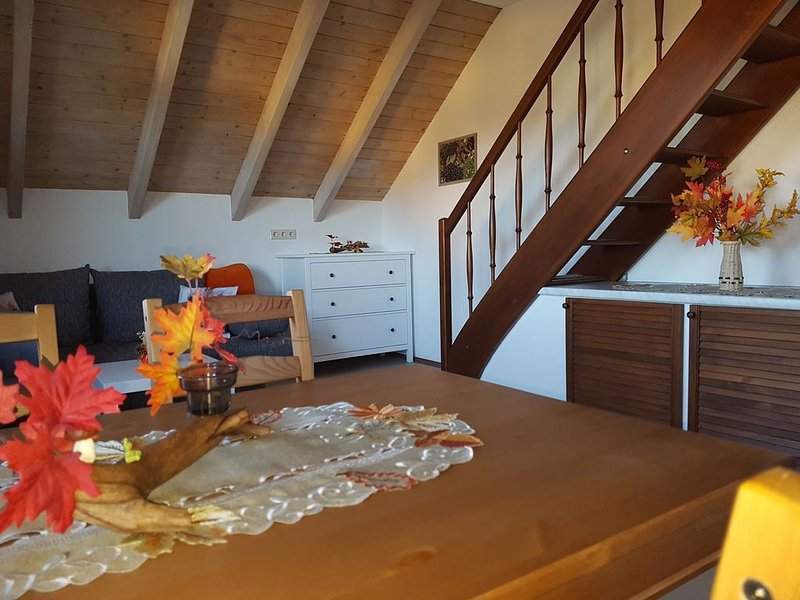 Gemütliche Ferienwohnung im schönen Erzgebirge - Wohnung Herbst, aluguéis de temporada em Stuetzengruen