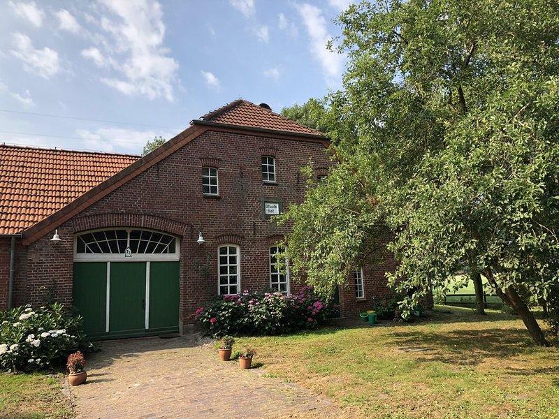 Entschleunigung auf einem ehemaligen Bauernhof, holiday rental in Schweiburg
