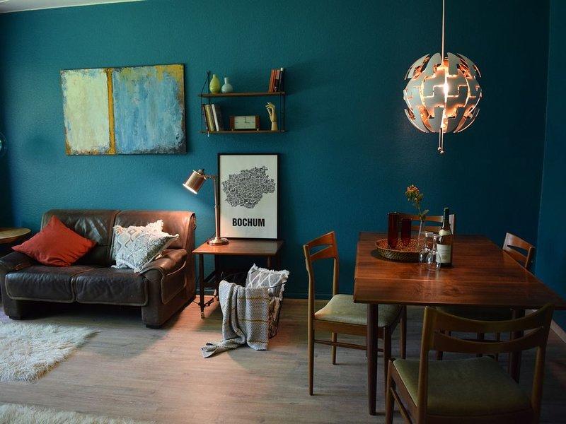 'STAY IN BOCHUM' stilvolle, charmante, ruhige Wohnung im Herzen des Ruhrgebietes, casa vacanza a Dortmund