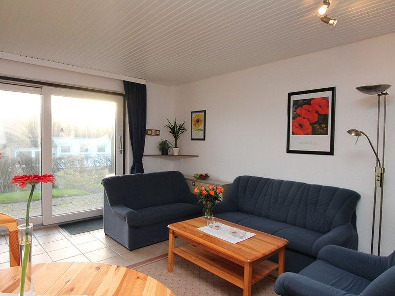 FeWo Fischmöwe ... Zuhause im Urlaub, nur 200m bis zum Strand, WLAN, holiday rental in Albersdorf