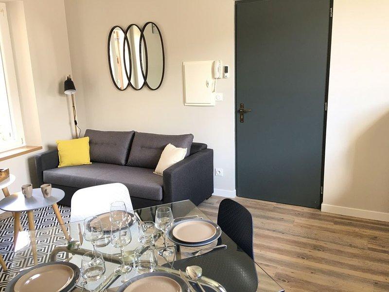 Appartement n°1, en DUPLEX, style scandinave design et confortable, holiday rental in Auvillar