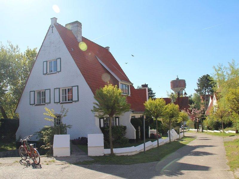 Beautiful family home in De Haan., vacation rental in Wenduine