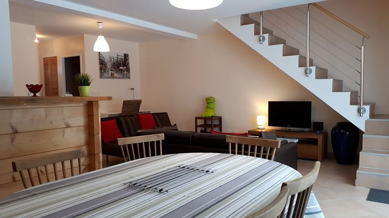Duplex 6-8 personnes de 95 m2 au coeur du Haut Jura ( 39 )., location de vacances à Lac des Rouges Truites