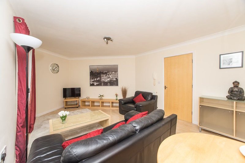 Redgrave Two-Bedroom Apartment in Newcastle Gatesehead, holiday rental in Gateshead