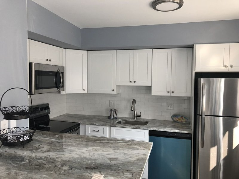 NEW LISTING:  Sea Isle City, NJ Newly Renovated Shore House in PRIME Location!, holiday rental in Sea Isle City