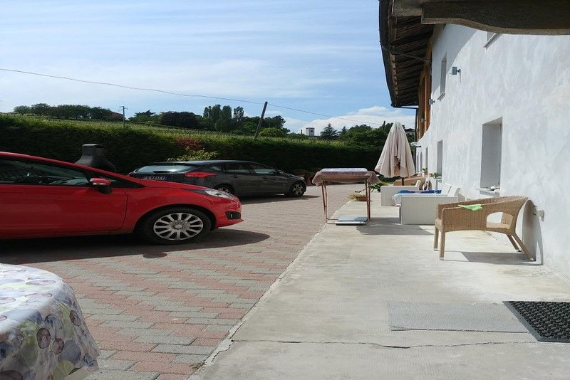 casa  familia  ESTER, vacation rental in Montegrosso d'Asti