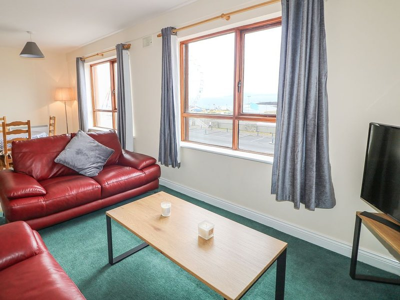 Apartment 42, BUNDORAN, COUNTY DONEGAL, vacation rental in Ballyshannon