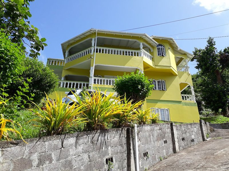 Corinth Grove Apartment Near Grenada Marina, holiday rental in Westerhall