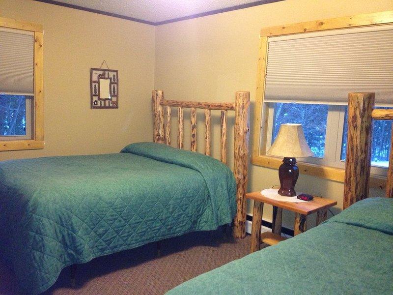 Lumberjack Lodge Unit#3 Ski in /Ski Out, location de vacances à Bessemer