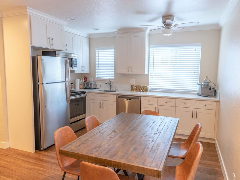 ★ Modern, Private 1-Bedroom in Silicon Valley ★, location de vacances à Campbell
