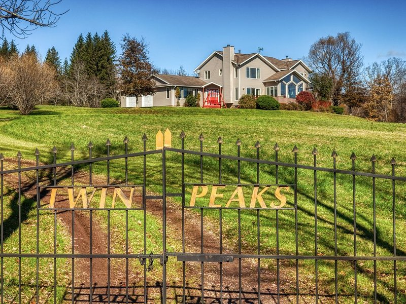 Twin Peaks in the Catskills, vacation rental in Andes