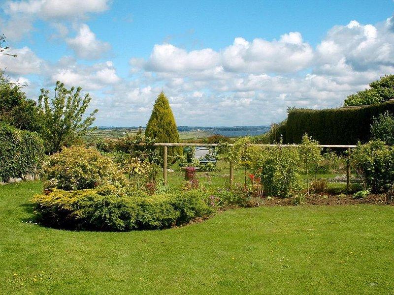 Eden House Wing, ST KEVERNE, holiday rental in St Keverne