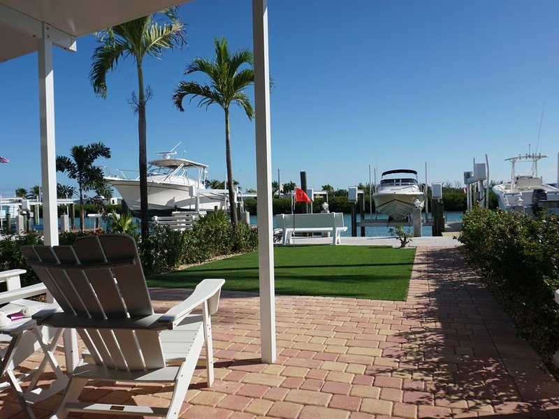 7th Heaven - Brand New Everything And Cabana Club!, holiday rental in Key Colony Beach