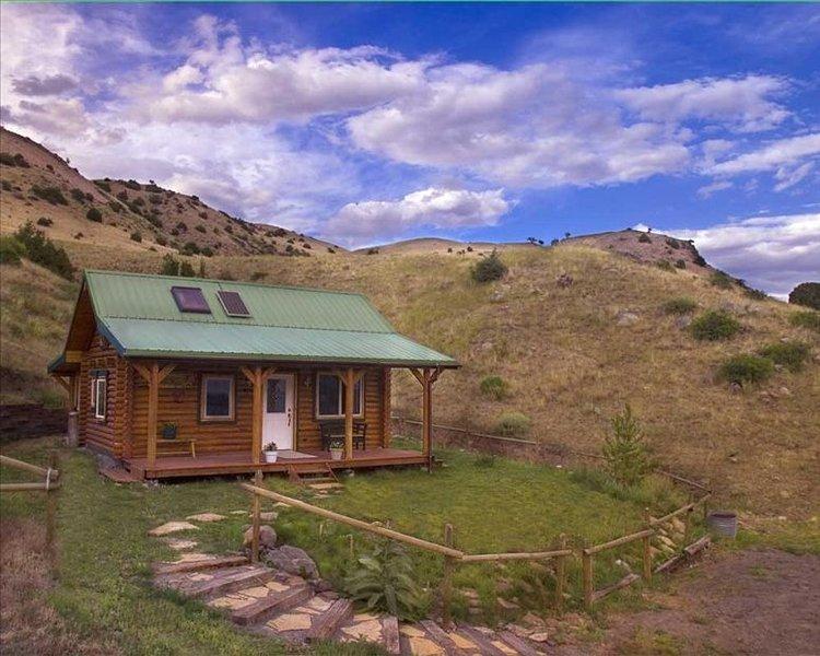 Yellowstone Montana Cabin Healing Retreat Beauty of Paradise Valley!, casa vacanza a Emigrant