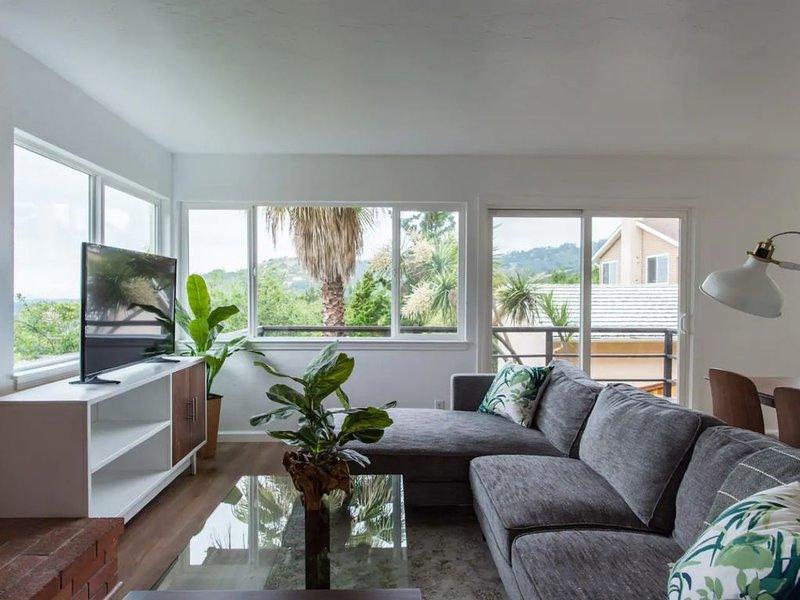 Oakland Hills Retreat, holiday rental in Hayward