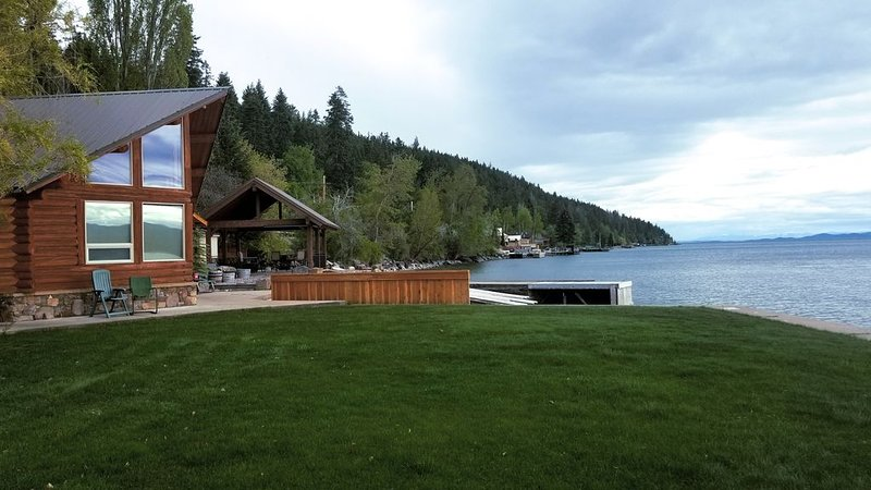 Flathead Lake Cabin with private boat launch access, holiday rental in Bigfork