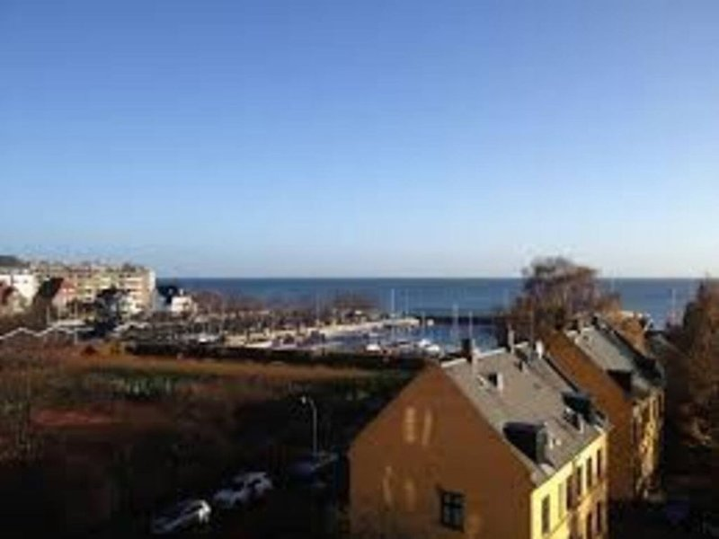 Enjoy the perfect spot, with a wonderful seaview – semesterbostad i Birkerod