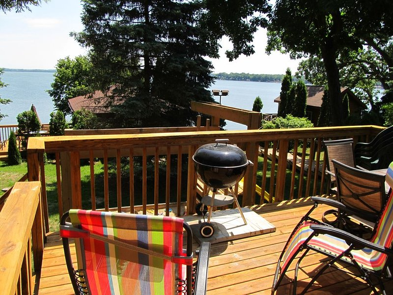 Madison/Stoughton 3 BR/3 BA Lake  Kegonsa Cottage, alquiler de vacaciones en Madison