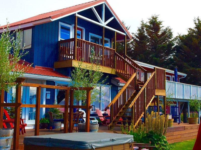 Beautiful Beachside Condominium, vacation rental in Homer