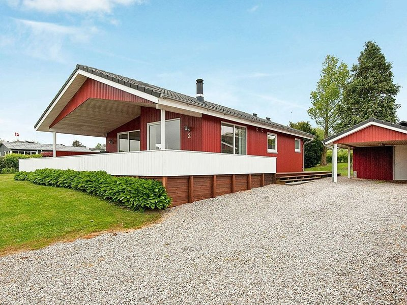 Superb Holiday Home in Hejls Denmark with Terrace, location de vacances à Assens