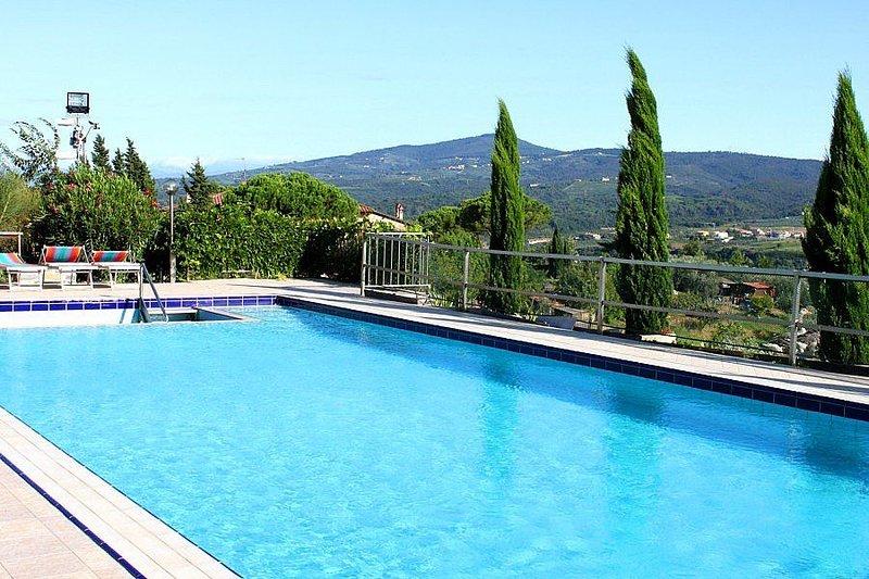 Villa Begonia Grande, rimborso completo con voucher*: Un incantevole appartament, holiday rental in Sammontana