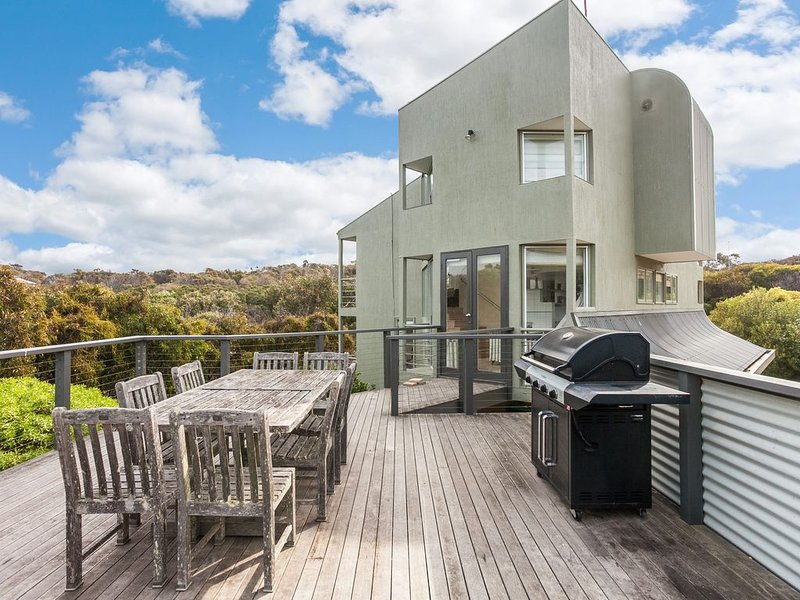 Property ID: 024AI047, holiday rental in Aireys Inlet