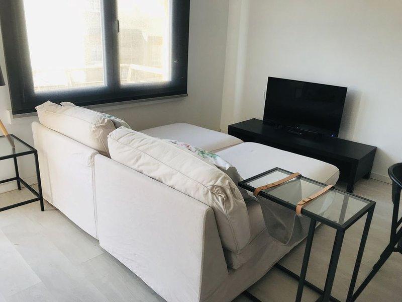Apartamento centro con terraza en Santa Cruz, holiday rental in San Lorenzo