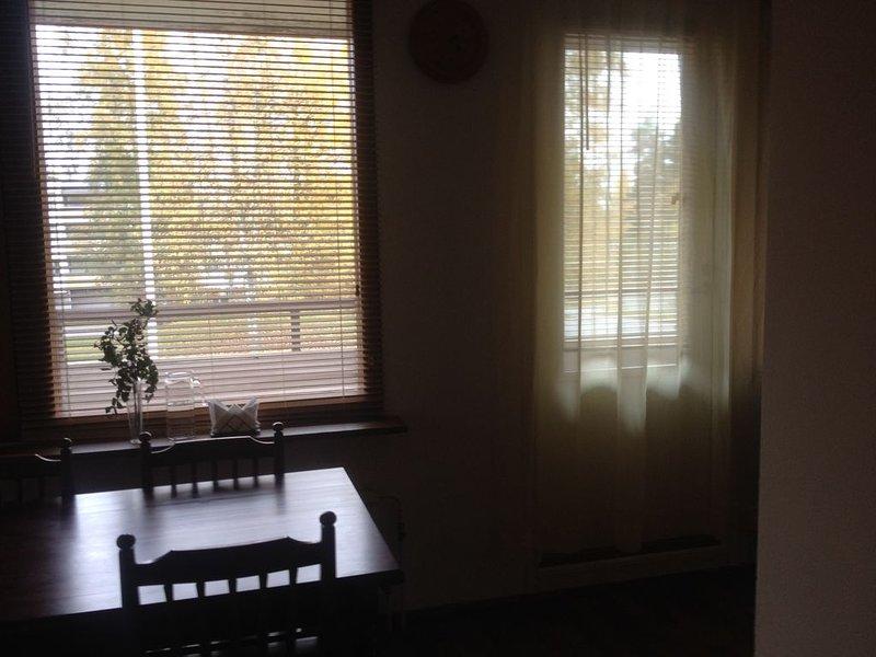 Отдых в райском уголке в двухкомнатной квартире, vacation rental in Punkaharju
