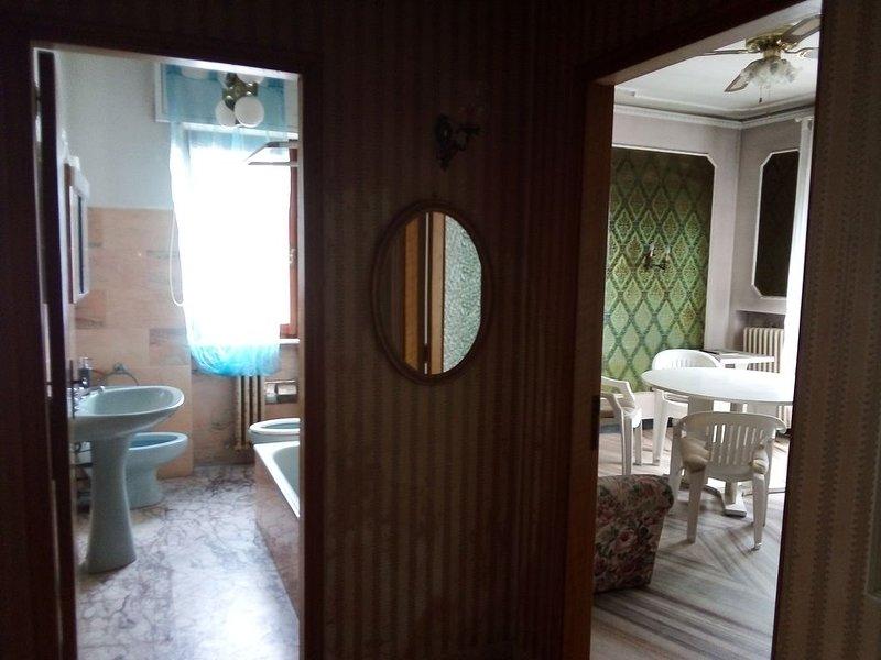 B&B SOLANGE  in elegante appartamento sul mare, casa vacanza a Porto San Giorgio
