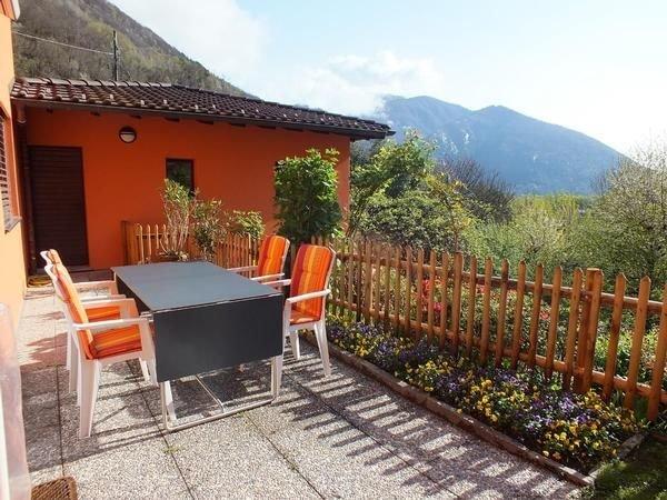 Ferienwohnung Golino für 4 - 5 Personen mit 2 Schlafzimmern - Ferienwohnung, location de vacances à Cevio