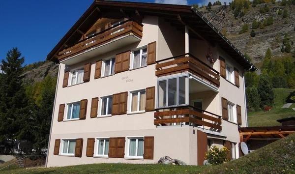 Ferienwohnung Pontresina für 4 - 6 Personen mit 3 Schlafzimmern - Ferienwohnung, holiday rental in Pontresina