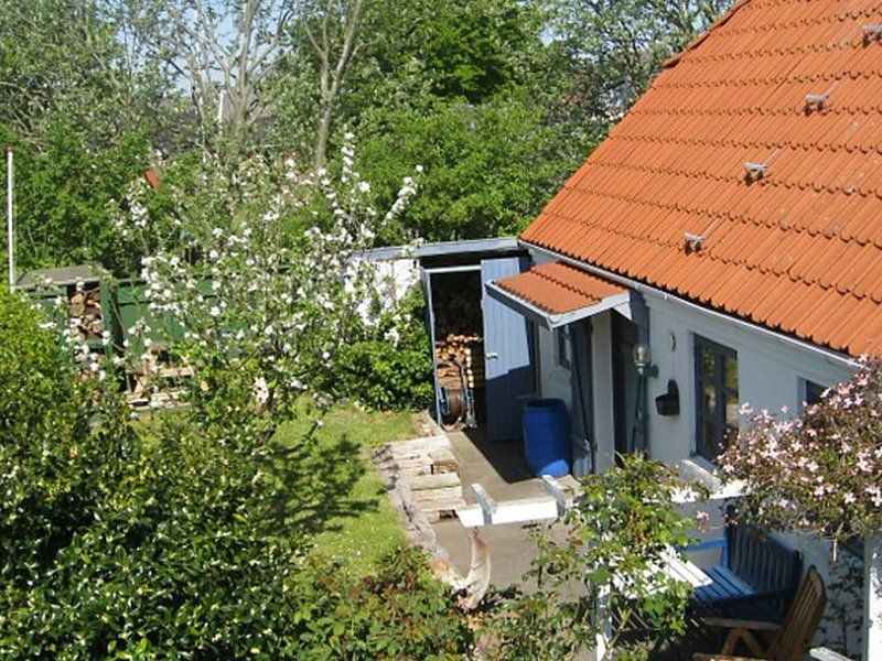 Modern Holiday Home in Bramming with Terrace, holiday rental in Hovborg