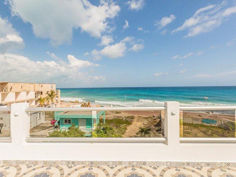 Casitas De Paloma- Entire Property, holiday rental in Playa Mujeres